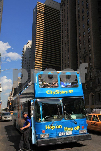 NYC sightsee bus 7198.jpg