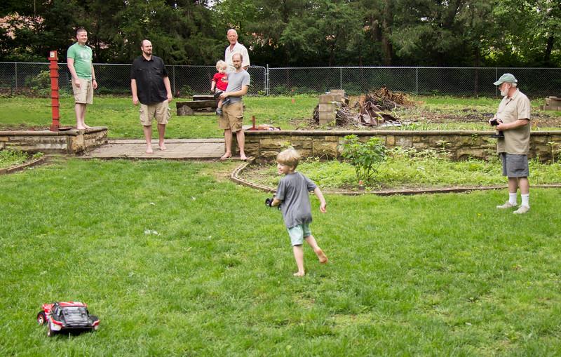 Yard Fun 005.jpg