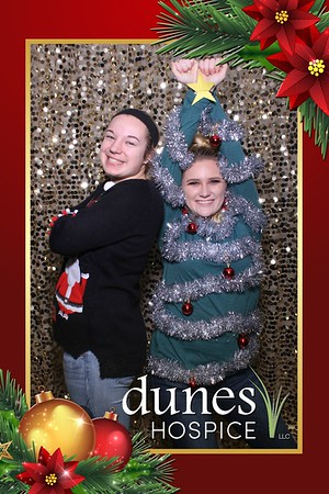 Dunes Hospice Holiday Party Mirror Booth