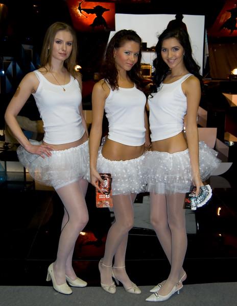 1st gaming TV girls on Igromir 2008