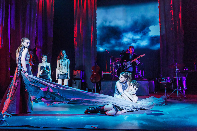 Medea Production P-3566.jpg