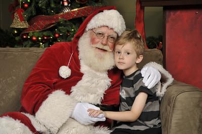 Santa Photos - Saturday Afternoon12:30pm to 3pm