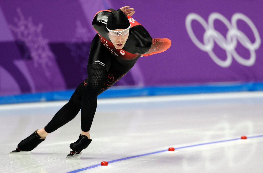 . Ted-Jan Bloemen of Canada skates to set a new Olympic record breaking the one that Jorrit Bergsma of The Netherlands set in the previous race of the men\'s 10,000 meters speedskating race at the Gangneung Oval at the 2018 Winter Olympics in Gangneung, South Korea, Thursday, Feb. 15, 2018. (AP Photo/Petr David Josek)