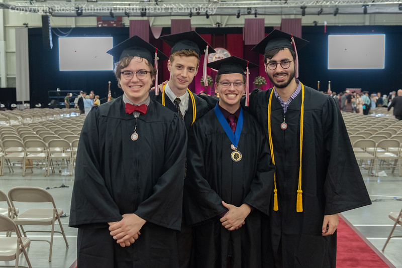 PD4_1676_Commencement_2019.jpg