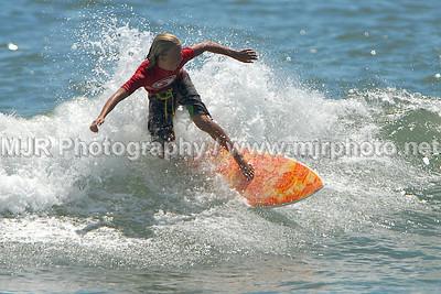 Surfing, Gilgo Beach, NY, ESA Bunger Contest,  (8-11-07)