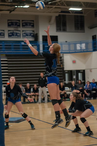 20141007_Eastview Volleyball-224.jpg