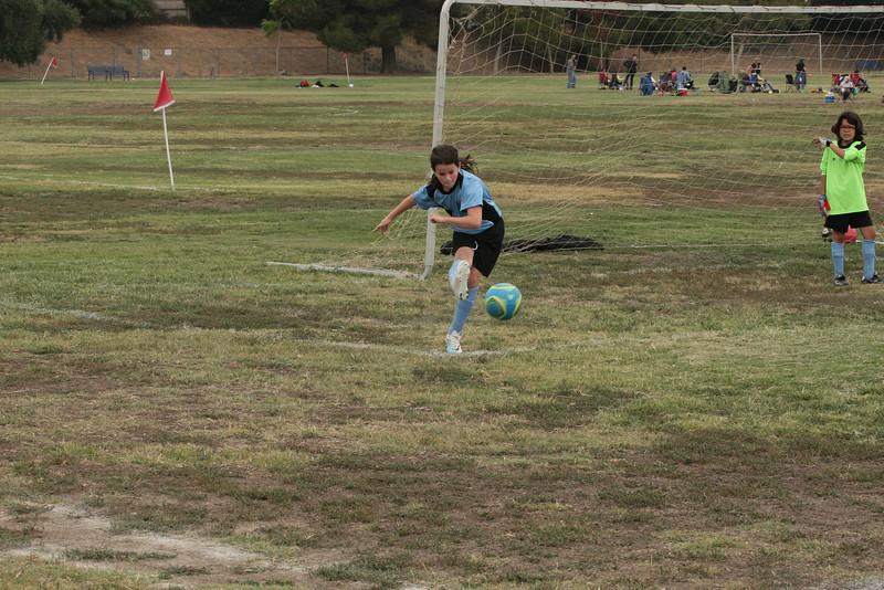Soccer2011-09-17 10-29-49.JPG