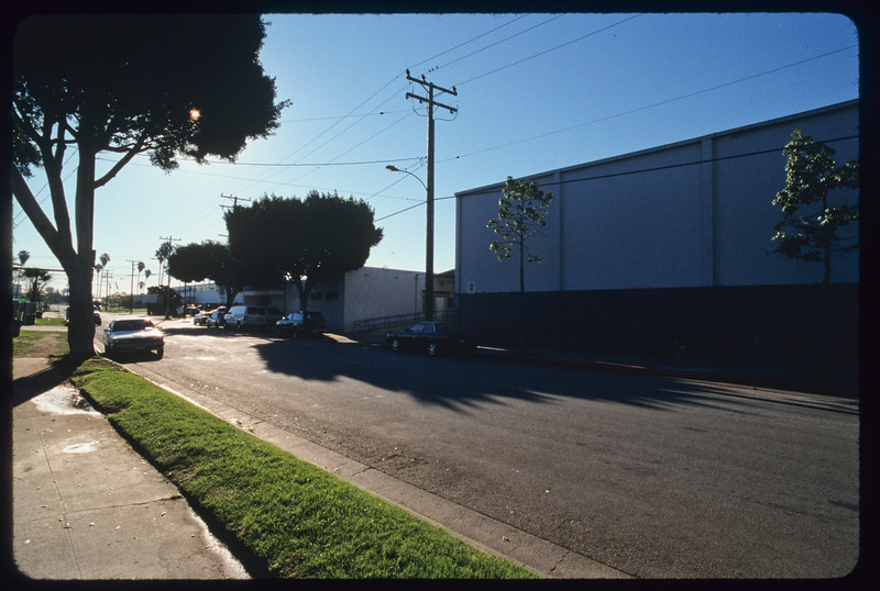 Block of blockish homes and industrial buildings in Fidelia Avenue, Washington Boulevard and surroundings, Commerce, 2005.
