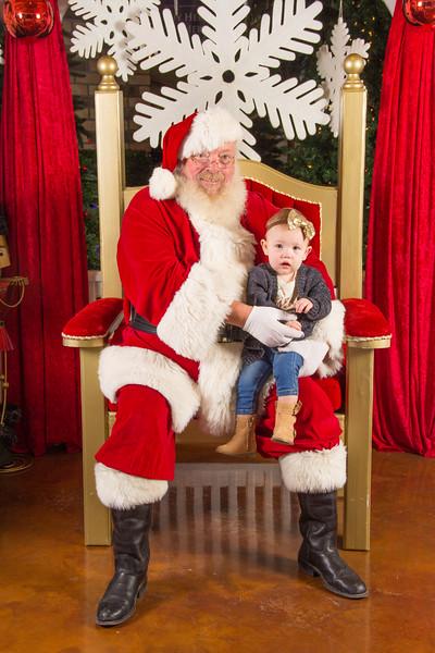 Santa 12-16-17-214.jpg