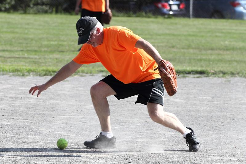 softball17102.JPG