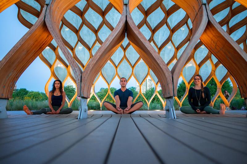 Online Yoga - Lincoln Park Shoot-379.JPG