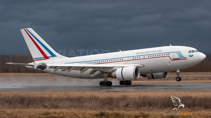 Republique Francaise Airbus A320 F-RADC