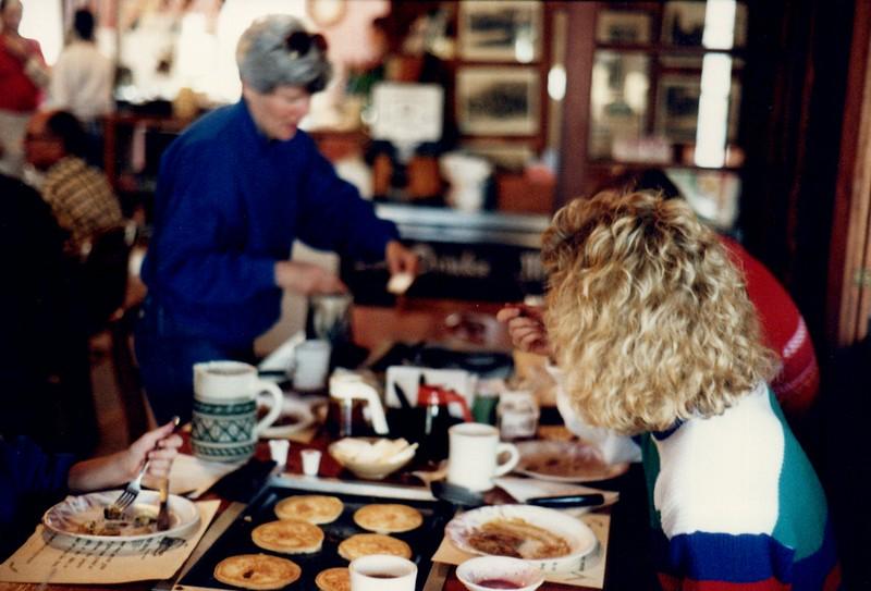 1989_December_pancake breakfast florida_0014.jpg
