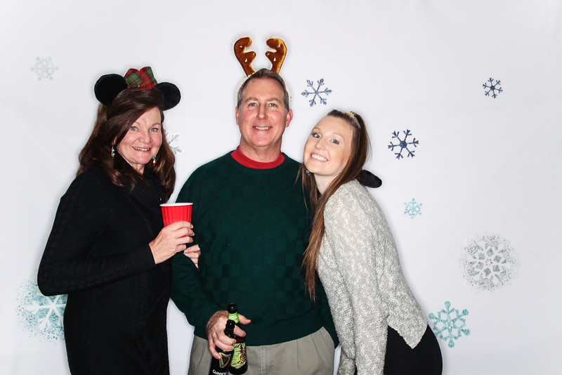 Ayuda and Auxillio Christmas Party 2015-Photo Booth Rental-SocialLightPhoto.com-105.jpg