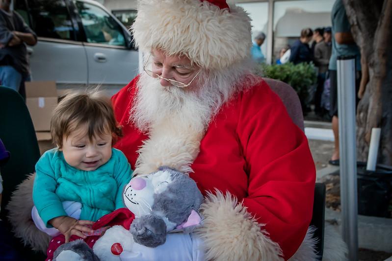 BOL_Santa_Visit-131.jpg
