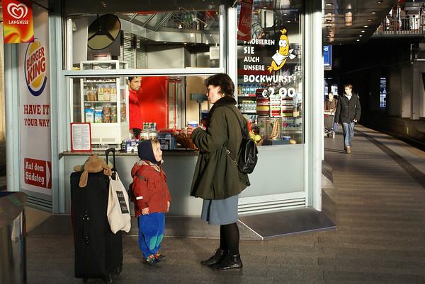 2007-02-04 Antwerp Belgium with Lisa