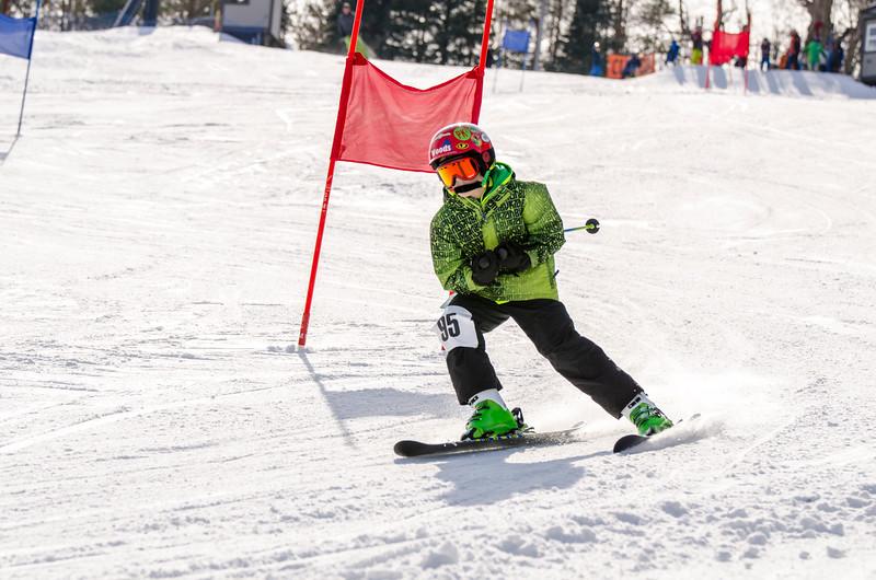 Standard-Races_2-7-15_Snow-Trails-62.jpg