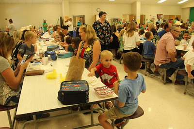 2018 LES Grandparents Day Lunch