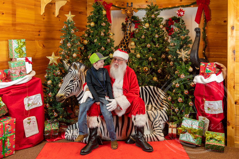 2019-12-01 Santa at the Zoo-7298.jpg