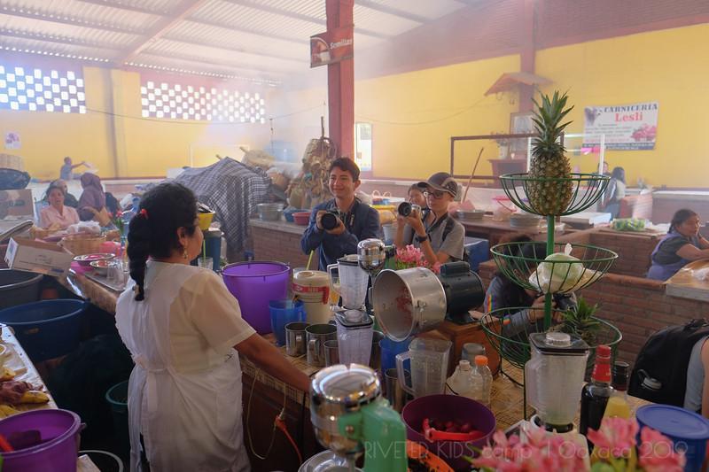 Jay Waltmunson Photography - Street Photography Camp Oaxaca 2019 - 095 - (DXT11198).jpg
