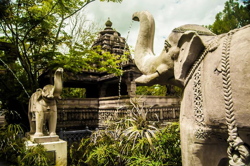 elephant statues.jpg