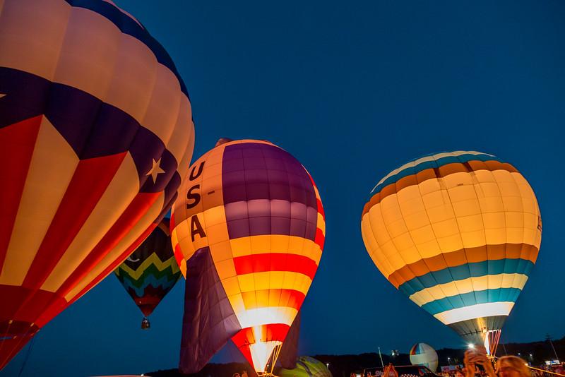 1606_Balloon Glow075.jpg