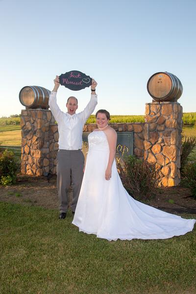 www.bellavitafotos.com, will and amanda,  wedding-0023.jpg
