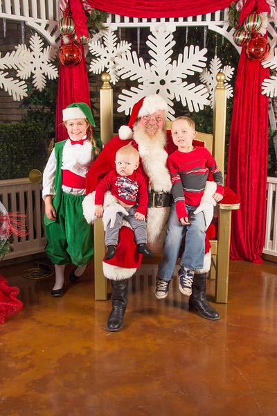 Santa 12-16-17-343.jpg
