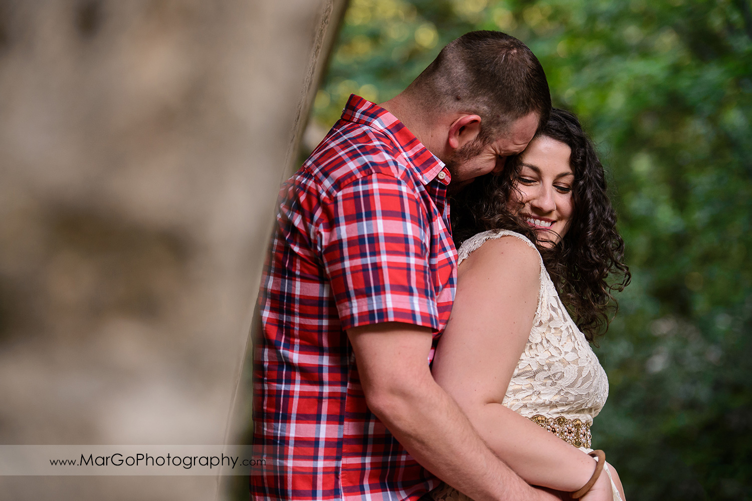 engaged couple at Saratoga Springs