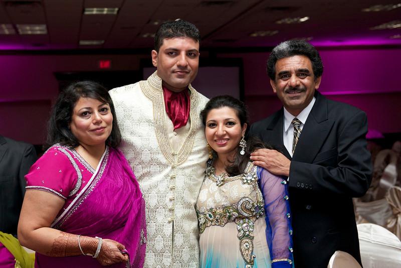 Rahim-Walima-2012-06-01975.jpg
