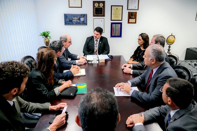 Representantes FRENTAS_Senador Marcos do Val_Foto Felipe Menezes_05.jpg
