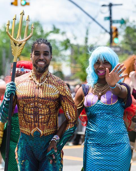 2019-06-22_Mermaid_Parade_2032.jpg