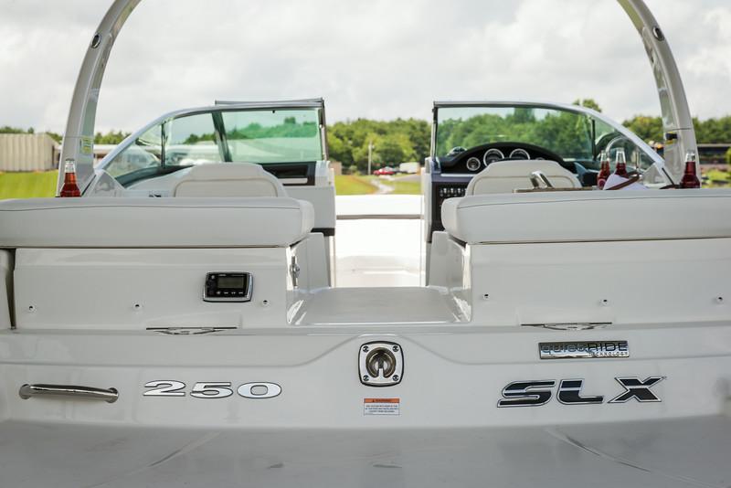 2015-SeaRay-250SLX-0917.jpg