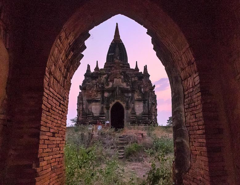 Myanmar Bagan Temples_P1180047.jpg