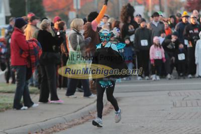 1 Mile Start - 2011 Wicked Halloween Run