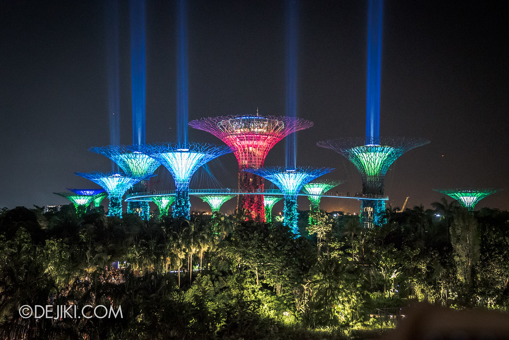 Gardens by the Bay - Star Wars Day 2017 - Garden Rhapsody SaberTrees 4 wide