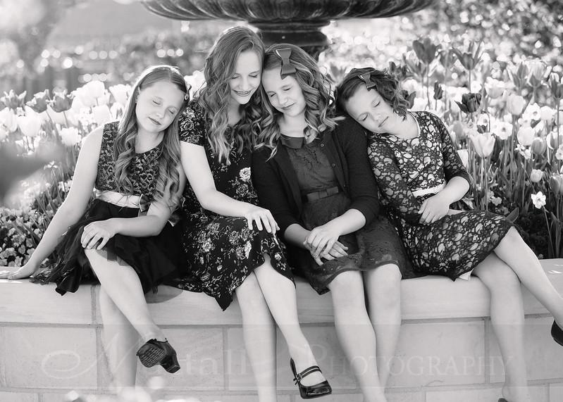 Hirschi Girls 010bw.jpg