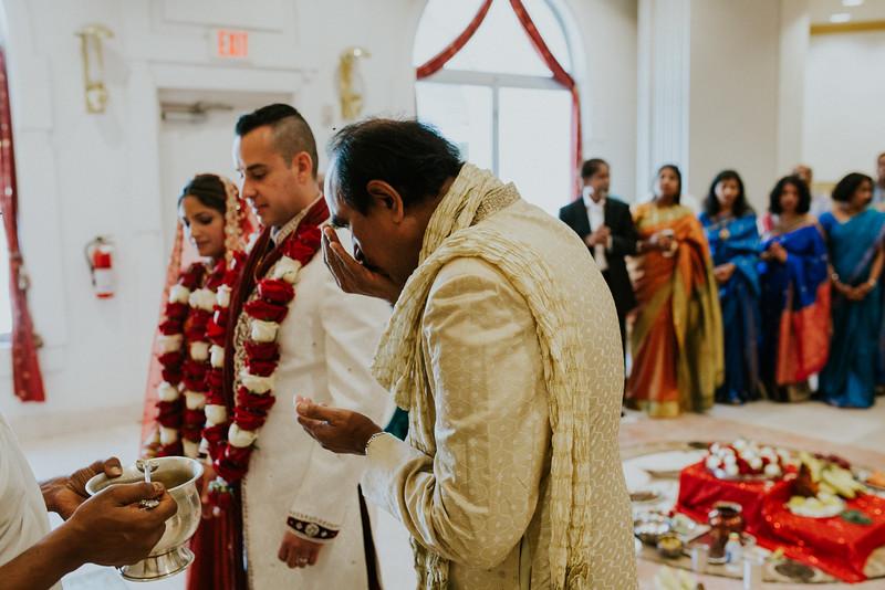 Manny+Sunita_Wed_2-0165.jpg