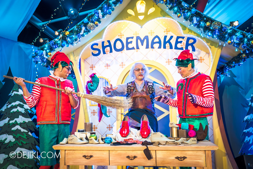 Universal Studios Singapore December Park Update - Santa's All Star Christmas 2016 / Santa's Village shoemaker