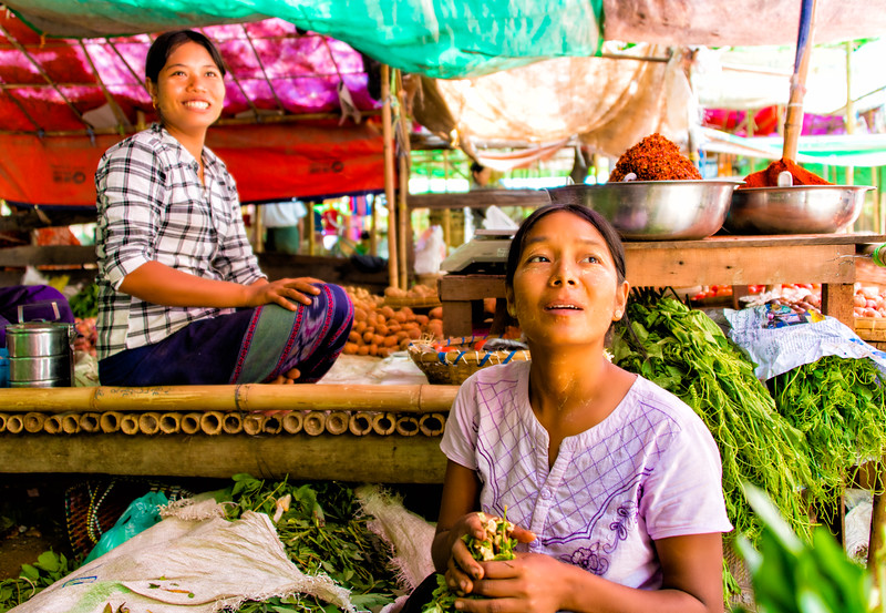 Women's smiles in Bagan market