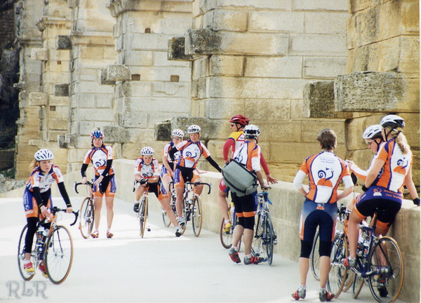 Bicycles Pont Du Gard.JPG