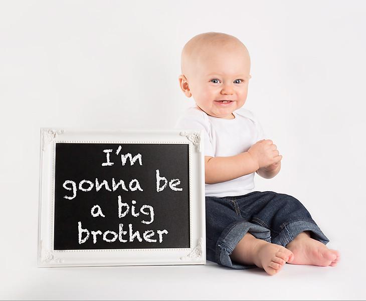 I'm gonna be a big brother - facebook.jpg