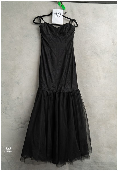 Black (6).jpg