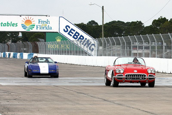 Corvettes Touring the Sebring circuit