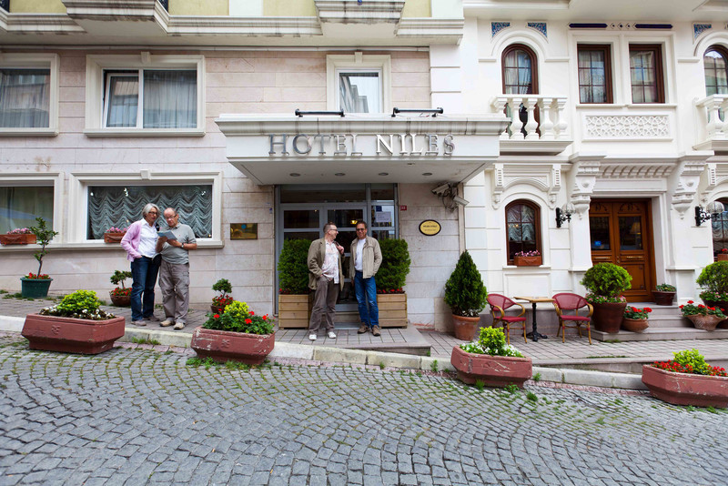 Istanbul-2077.jpg