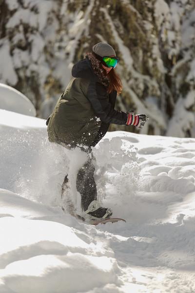 Snowboarder-Carmen