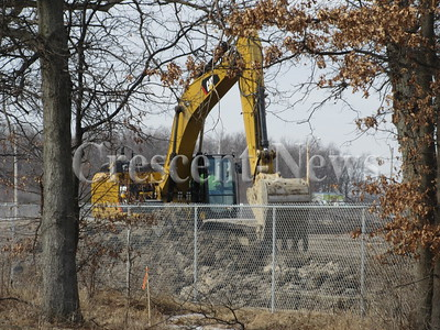 01-25-16 NEWS Excavator