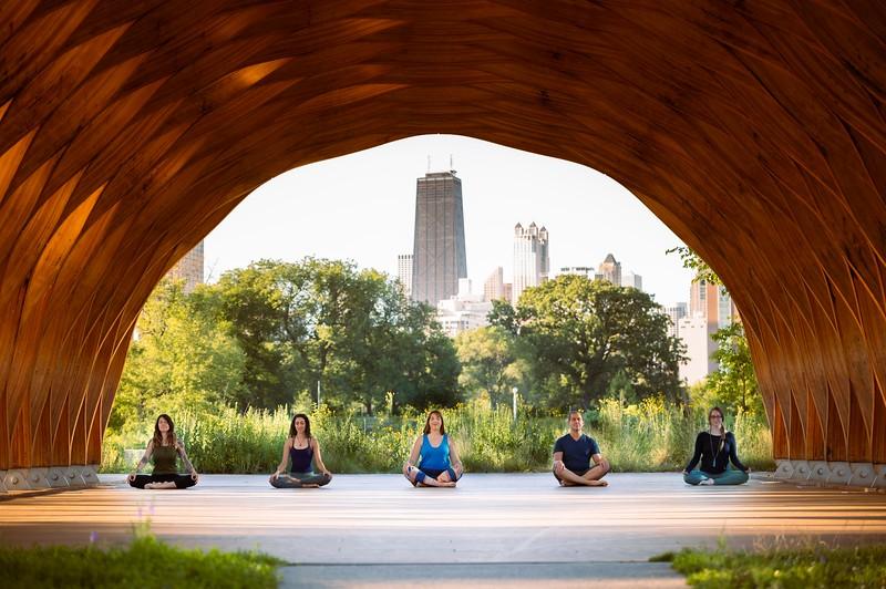 Online Yoga - Lincoln Park Shoot-400.JPG