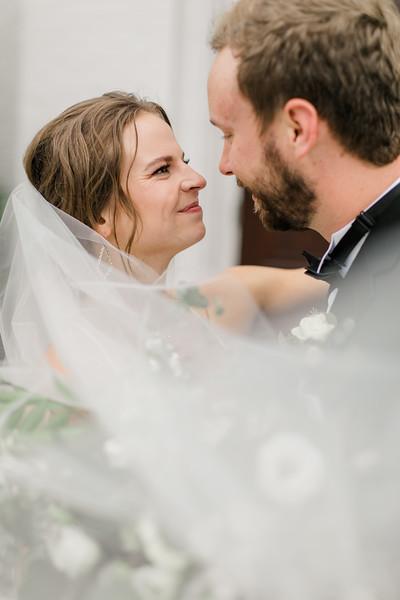 437_Ryan+Hannah_Wedding.jpg
