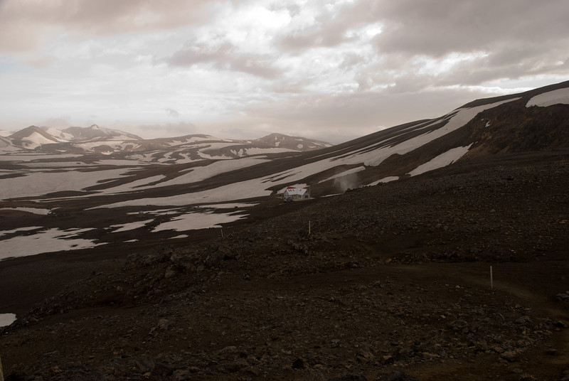 Höskuldarskáli í Hrafntinnuskeri,  byggður 1977